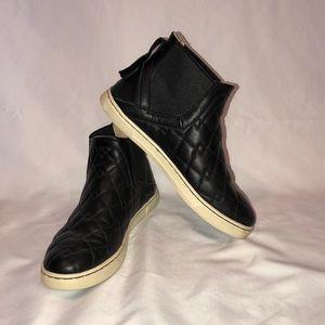 UGG Hightop Sneaker